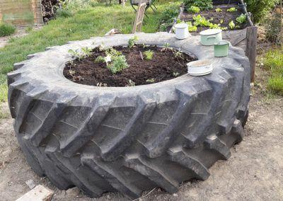 Reifen-Hochbeet