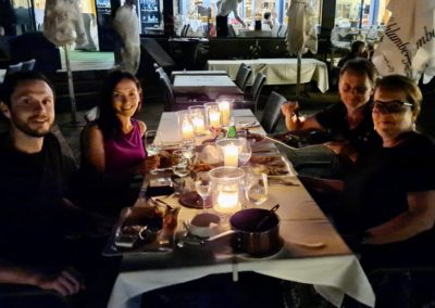 Ein romantisches Abendessen bei Kerzenlicht